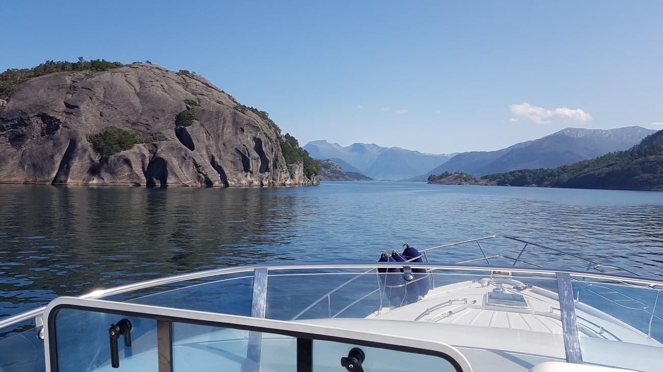 Cruising Norwegian West Coast