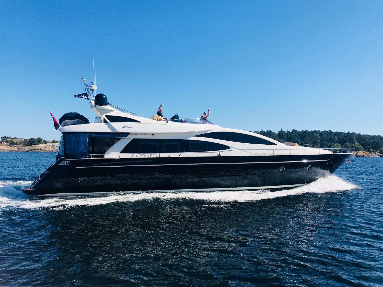 Fjord cruise in Riva Italia